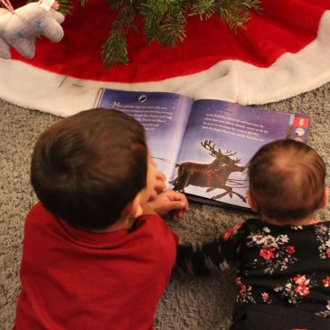 7 Holiday Traditions - www.spousesproutsme.com
