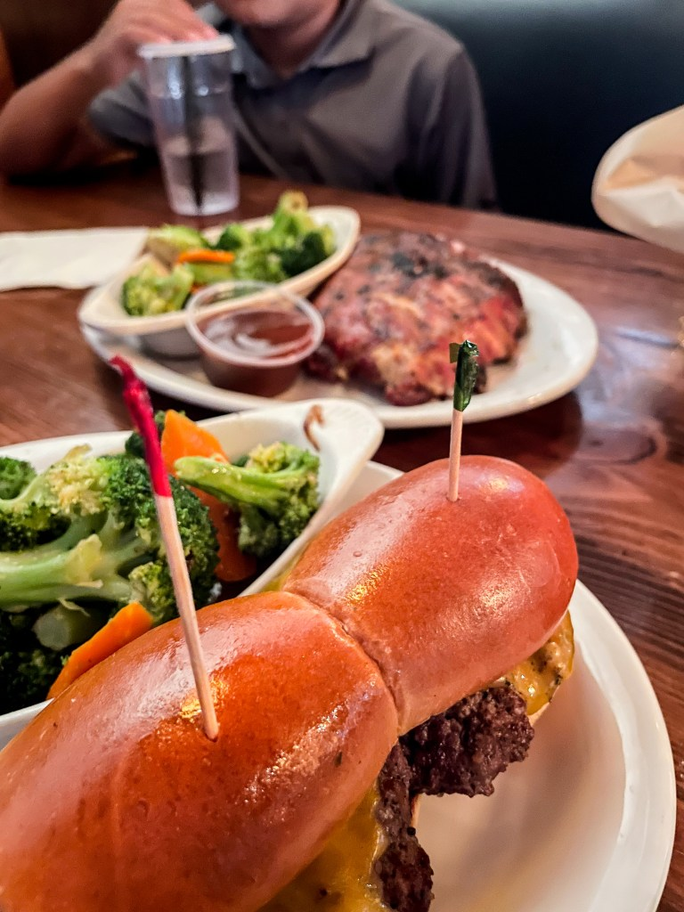 Bandit's Bar & Grill - Top things to do in Camarillo - www.spousesproutsme.com